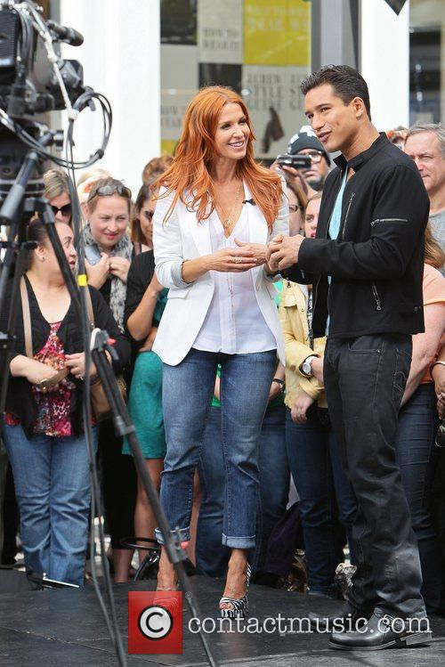 Poppy Montgomery and Mario Lopez 11