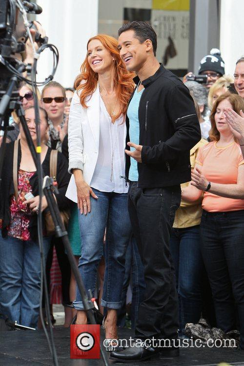 Poppy Montgomery and Mario Lopez 28
