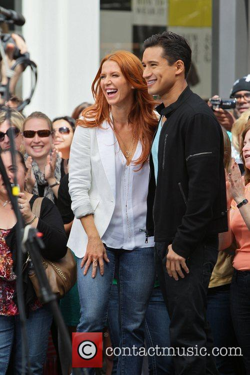 Poppy Montgomery and Mario Lopez 33