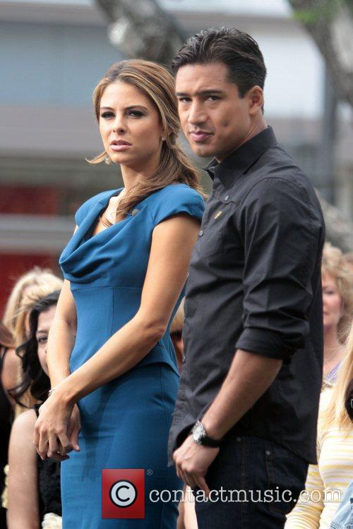 Maria Menounos and Mario Lopez 1