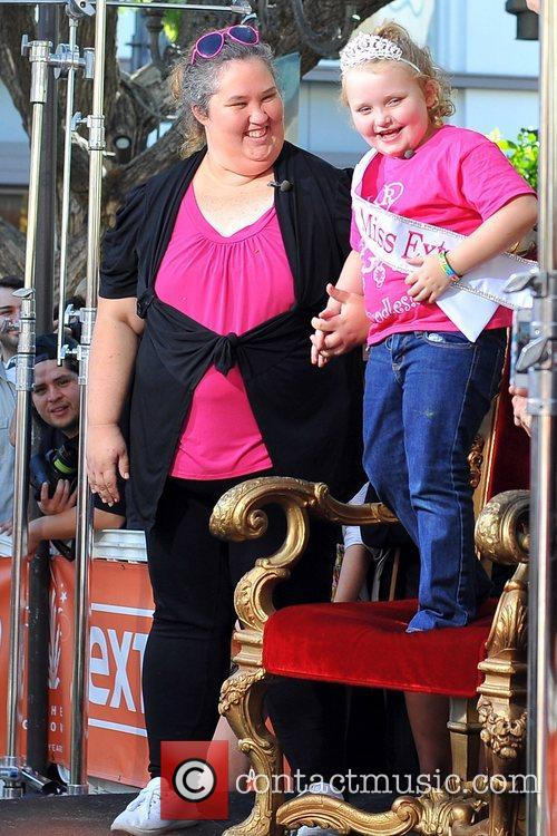 Here Comes Honey Boo, Boo, Alana Thompson and Mama June 30
