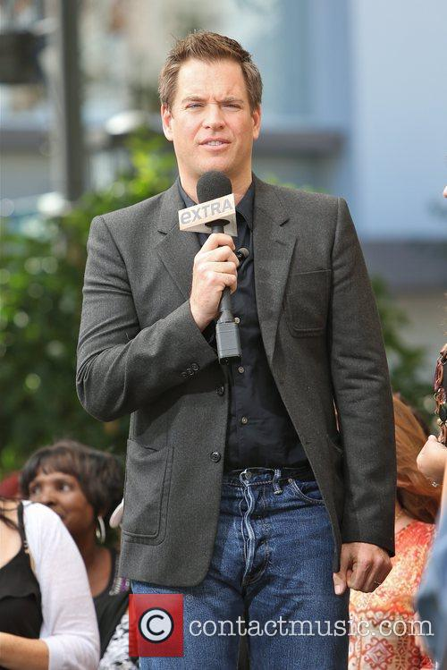 michael weatherly seen at the grove to 5934373