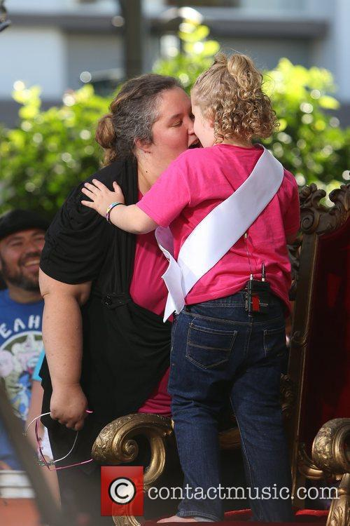 Here Comes Honey Boo, Boo, Alana Thompson and Mama June 71