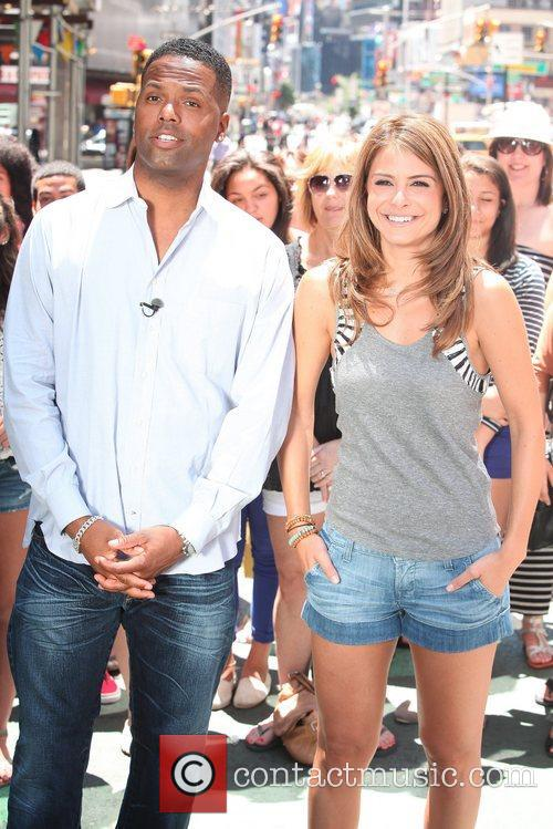 Maria Menounos and Aj Calloway 3