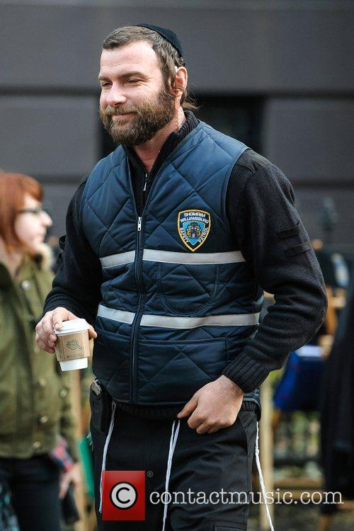 liev schreiber on location for fading gigolo 5949889