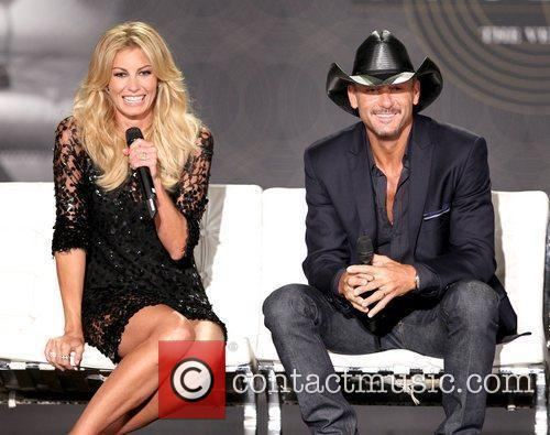 Faith Hill and Tim Mcgraw 32