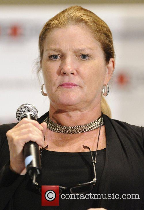 Kate Mulgrew 3