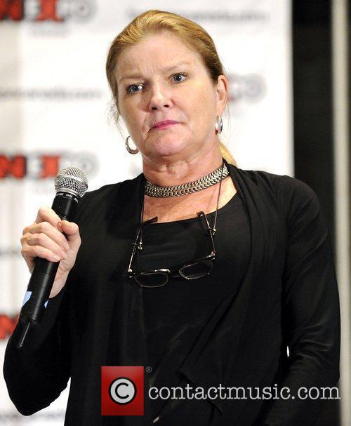 Kate Mulgrew 1