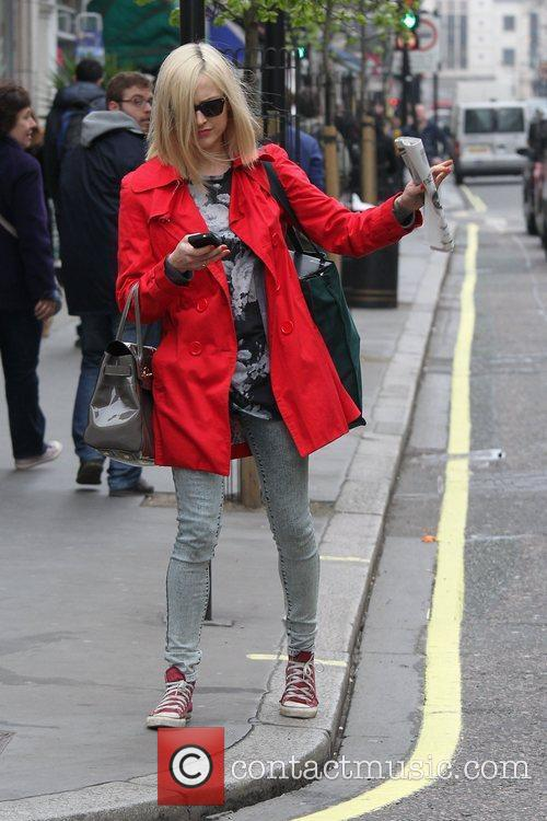 fearne cotton at the bbc radio 1 3782732