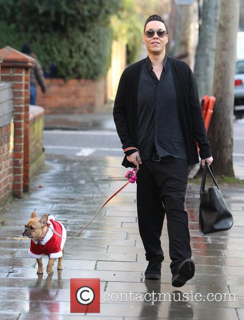 Gok Wan leaves Fearne Cotton's House
