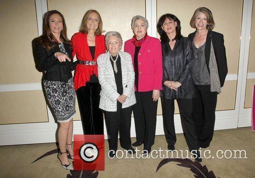 Diane Lane and Gloria Steinem 4