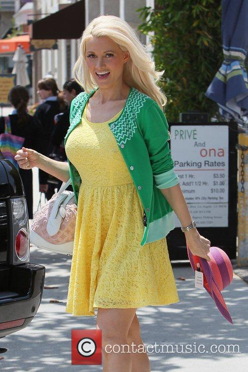 *file photo* * HOLLY MADISON PREGNANT Playboy model-turned-reality...