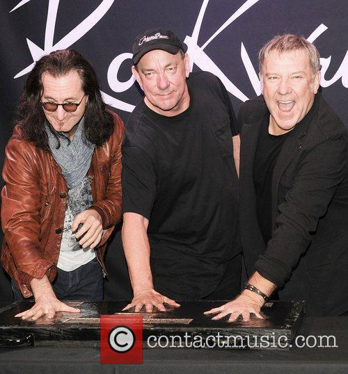 file photo* * RUSH AND HEART JOIN DONNA...