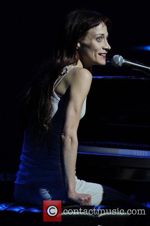 Fiona Apple 24