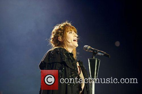 Florence Welch, The Machine and Arena 14