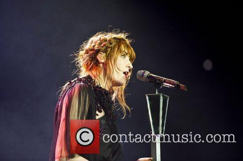 Florence Welch, The Machine and Arena 6