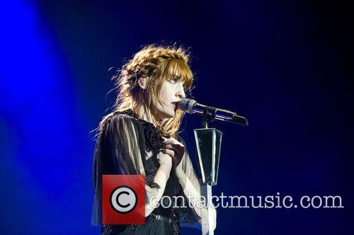 Florence Welch, The Machine and Arena 19