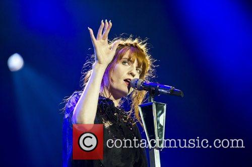 Florence Welch, The Machine and Arena 4