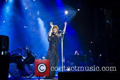 Florence Welch, The Machine and Arena 3