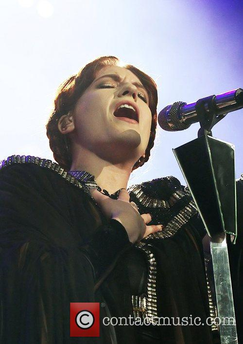 Florence And The Machine and Manchester Evening News Arena 7