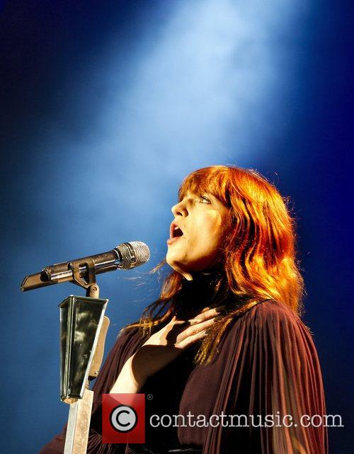 Florence Welch and Machine 3
