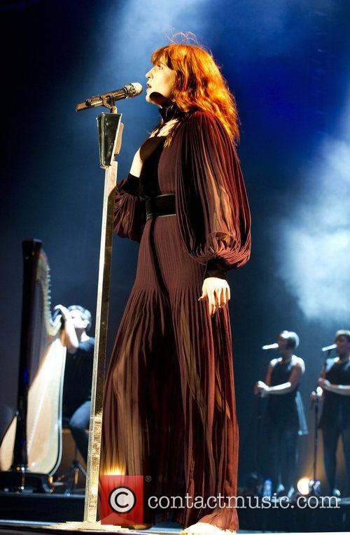 Florence Welch and Machine 9
