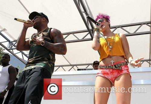 Flo Rida and Stacy performs at 'Ditch Fridays'...