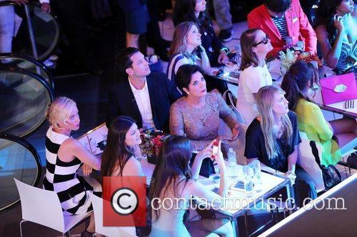 Kendra Wilkinson, Kendall Jenner, Kris Jenner and Kylie Jenner 5