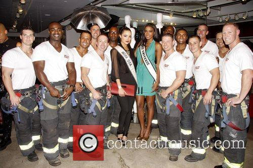 Fashion's Night Out 2012 – The Official FDNY...