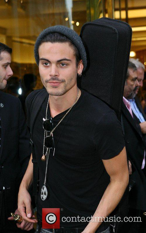 Alex Vargas,  Fashion's Night Out 2012 -...