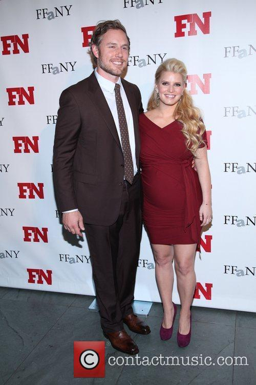 Eric Johnson and Jessica Simpson 1