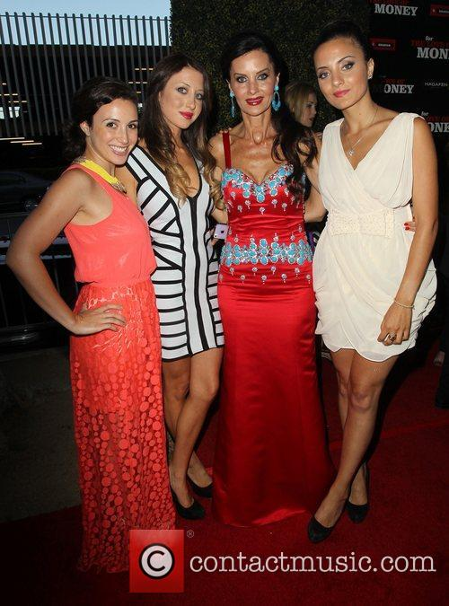 Aline Shomof with her daughters The Los Angeles...