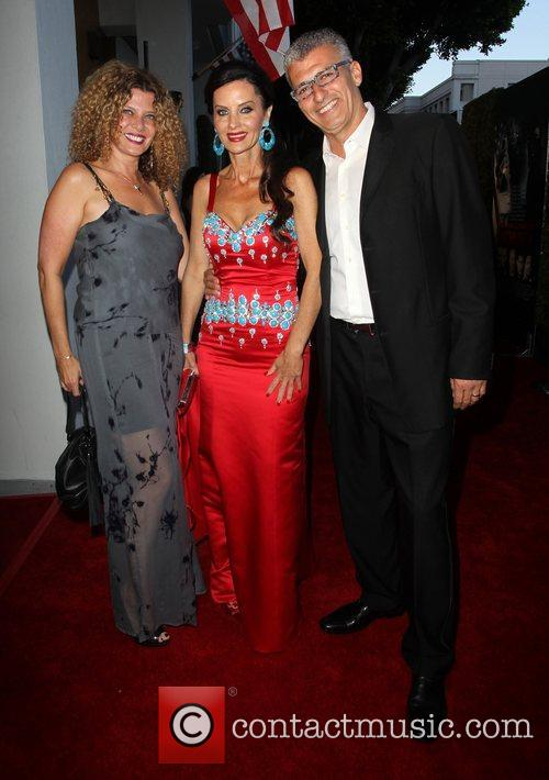 Kym Gold, Aline Shomof and Guest The Los...