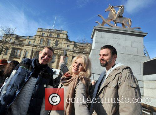 Joanna Lumley and Trafalgar Square 5