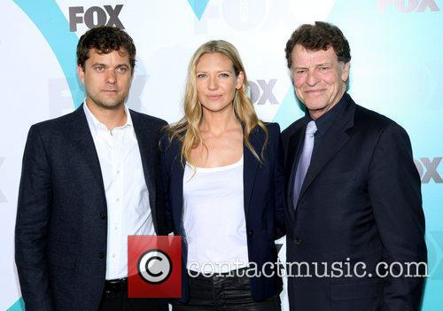 Joshua Jackson, Anna Torv and John Noble