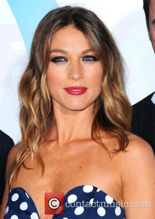 natalie zea 2012 fox upfront presentation held 3881653