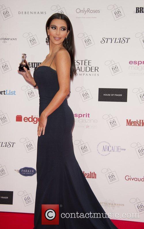 kim kardashian the fifi uk fragrance awards 3887576
