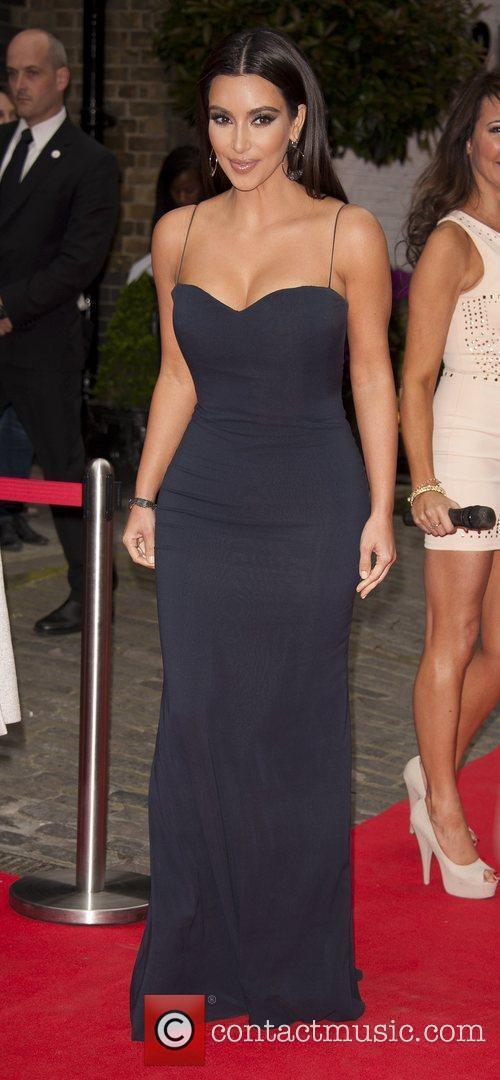 kim kardashian the fifi uk fragrance awards 5844182