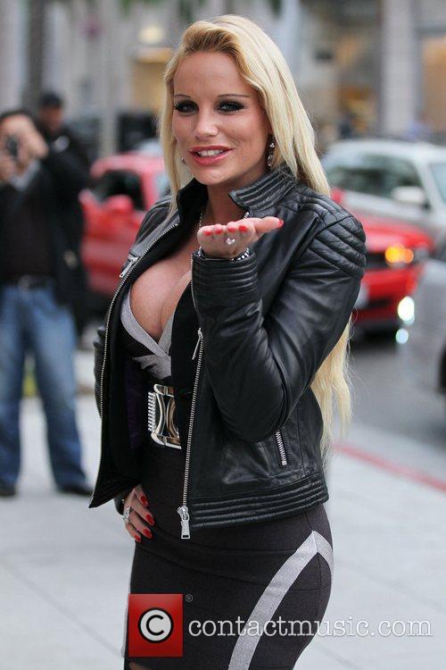 Francesca Hilton 22