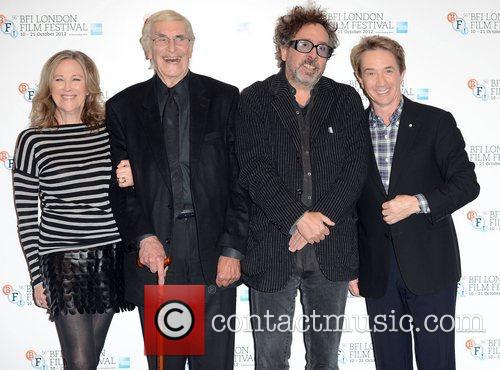 Catherine O'hara, Martin Landau, Tim Burton and Martin Short 1