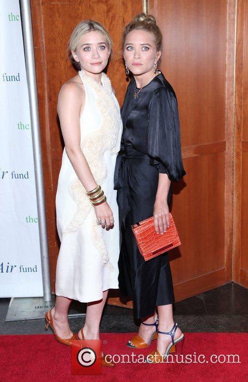 Mary-Kate Olsen and Ashley Olsen 11