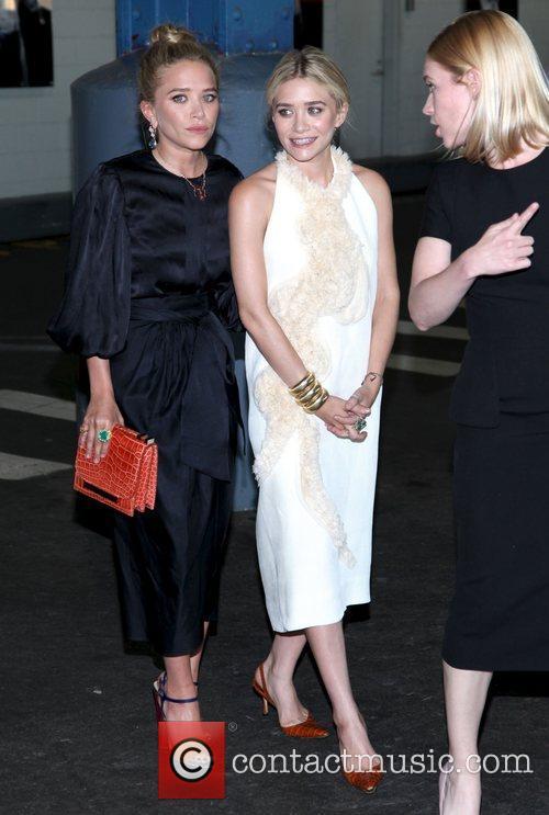 Mary-Kate Olsen and Ashley Olsen 20