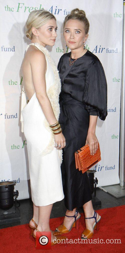 Mary-Kate Olsen and Ashley Olsen 22