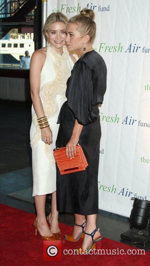 Mary-Kate Olsen and Ashley Olsen 28