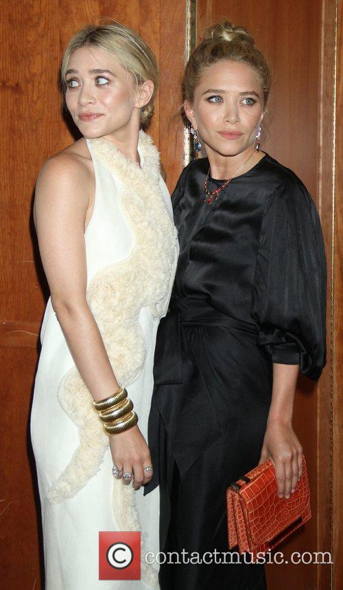 Mary-Kate Olsen and Ashley Olsen 29