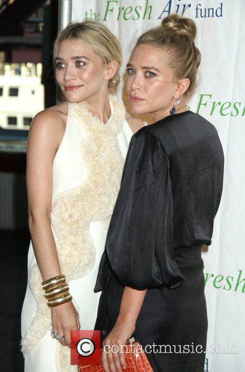 Mary-Kate Olsen and Ashley Olsen 31