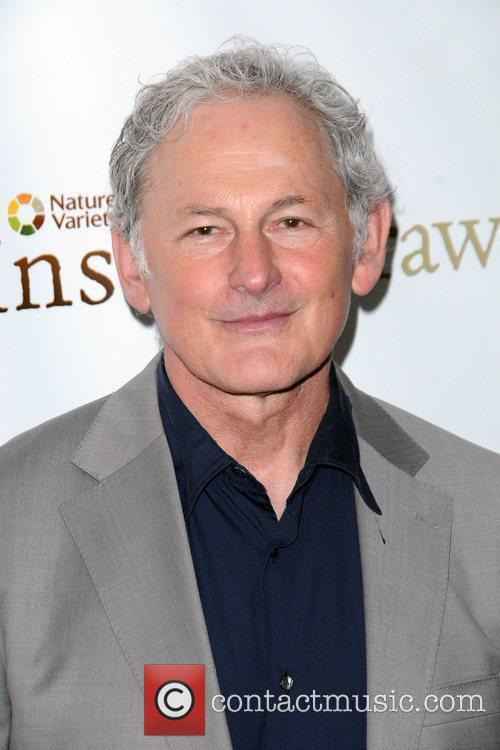 Victor Garber Friars Club Roast of Betty White...