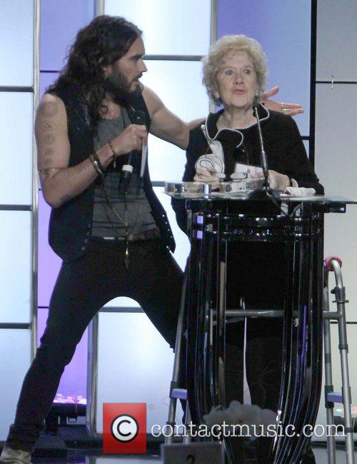Russell Brand and Peggy Albrecht 8