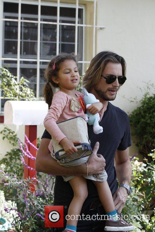 Gabriel Aubry and Halle Berry 6