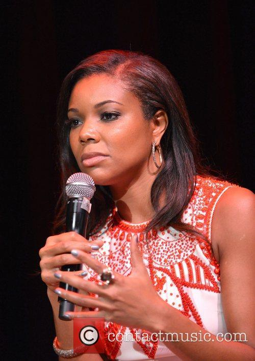 gabrielle union attends a screening and qampa 4103578
